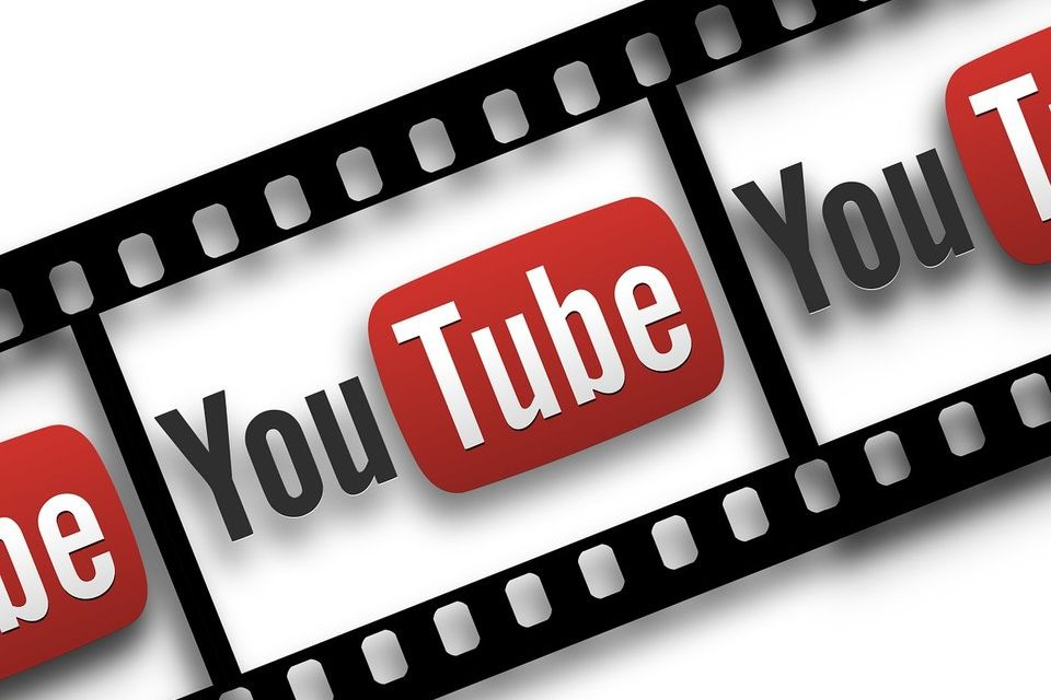 Интересные каналы YouTube: поэзия и абсурд