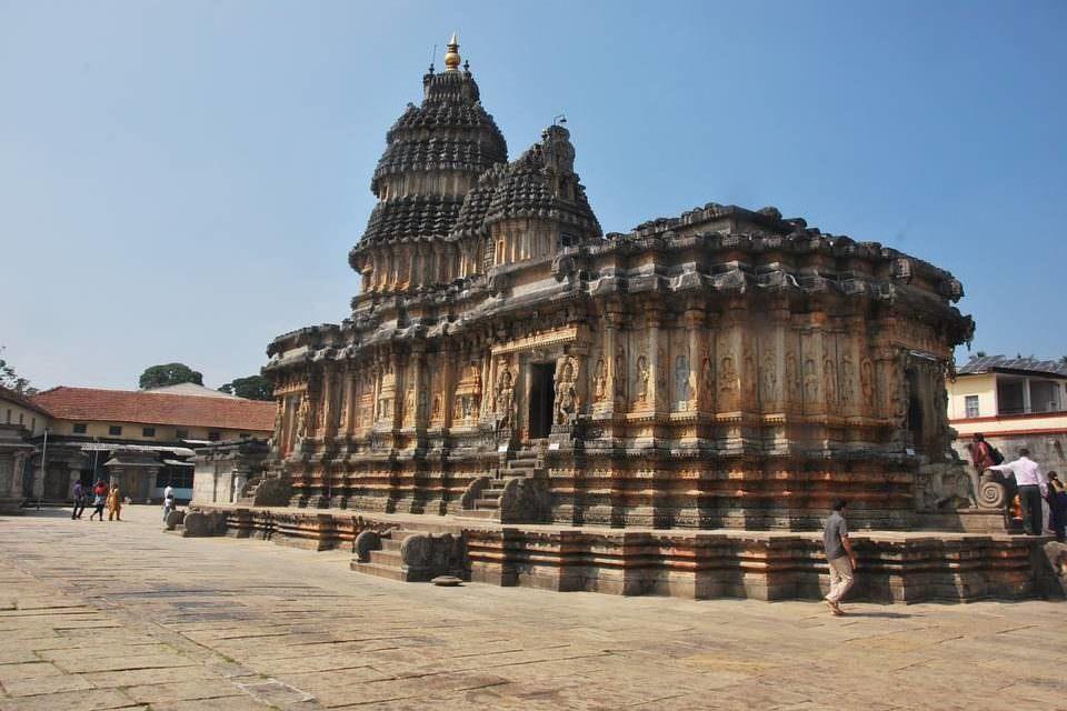 Индуизм: краткий очерк